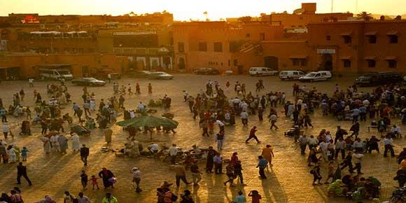 Tramonto su piazza Jemaa El Fna