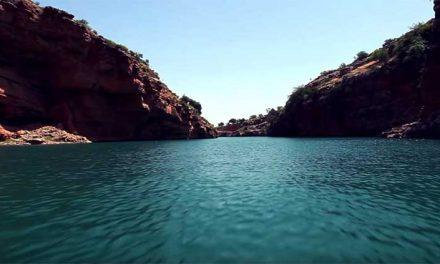 Bin El Ouidane Marocco il lago dalle acque turchesi