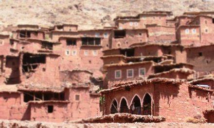 Magdaz Marocco un villaggio berbero nel cuore dell'Atlas